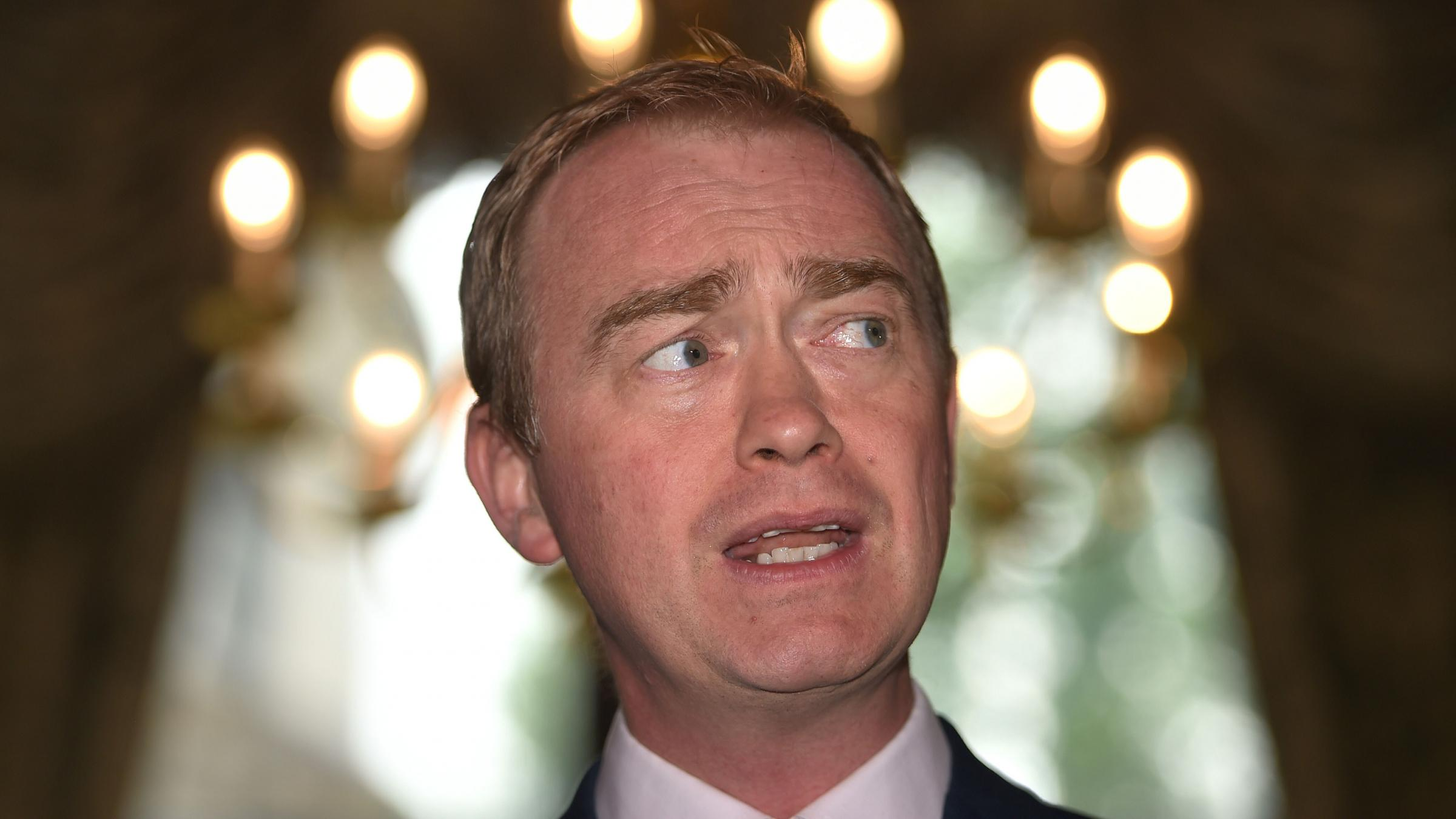 Tim Farron quits as Lib Dem leader